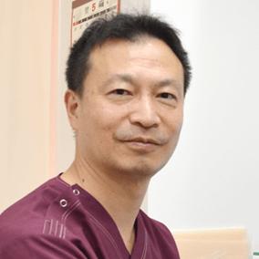 整形外科医・中村健